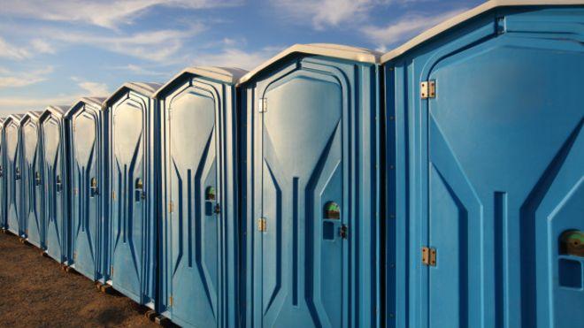 Banheiro químico: qual a real necessidade de alugar um?